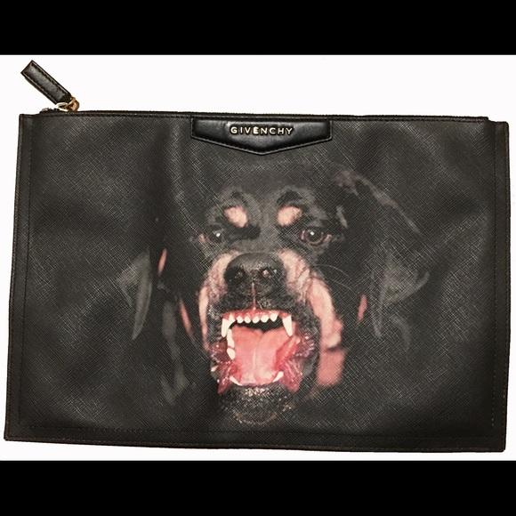 1df270e986 Givenchy Handbags - Givenchy Antigona Leather Pouch Clutch-Rottweiler